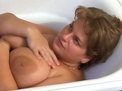Sexy busty fatty sucks dick in bath